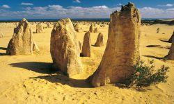 """Wüstenlandschaft mit """"Pinnacles"""" an der Westküste, Australien"""